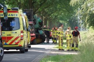 -128076-Trekker_kantelt_na_ongeval_met_auto_tussen_Neede_en_Diepenheim_IMG_2016-06-10 13_46_51