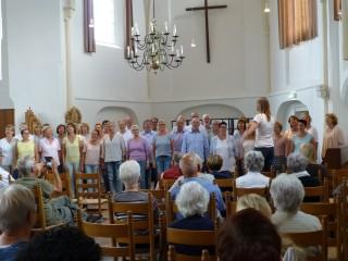 Popkoor Care for Music in de Dorpskerk in Ruurlo